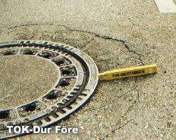 TOK-Dur är en akrylbaserad 2-komponentmassa som är avsedd för reparation av skadad asfaltyta